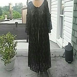 Vintage 50's Black Lace Pengnoir